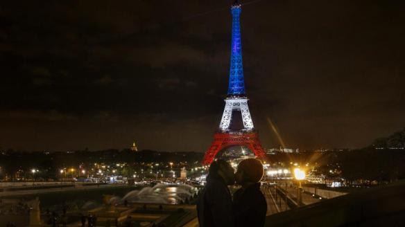 Torre-Eiffel1_Beso