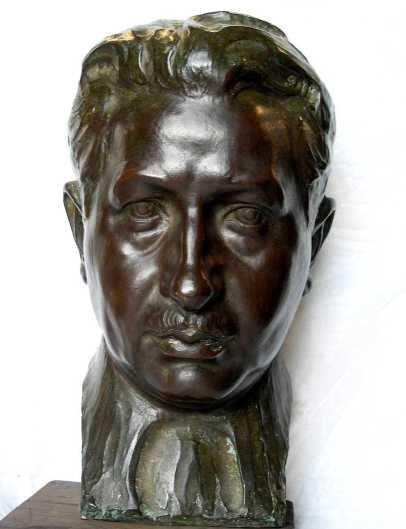 Busto de Ezequiel Endériz, por Fructuoso Orduna